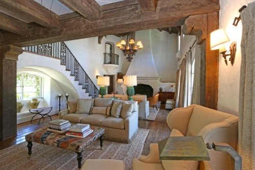 Reese Witherspoon's Ojai home was designed by Kathryn Ireland. Source: Zillow