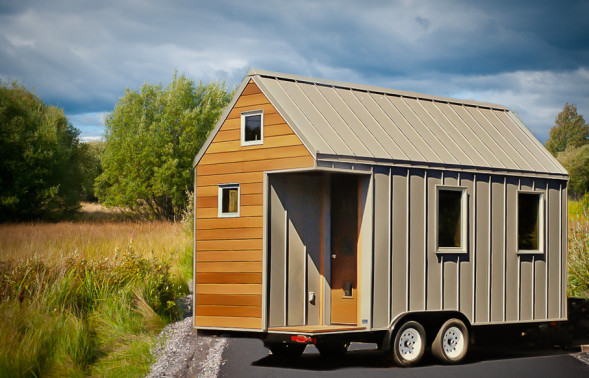 House of the week 150 square feet on wheels zillow blog for 150 sq ft