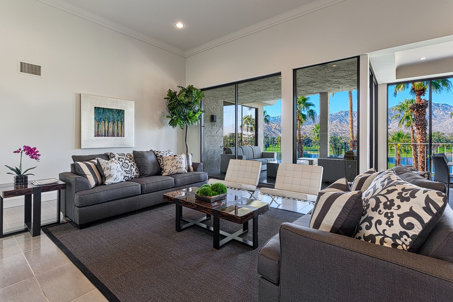 Top 5 home design trends for 2015 zillow porchlight - Living room furniture trends ...