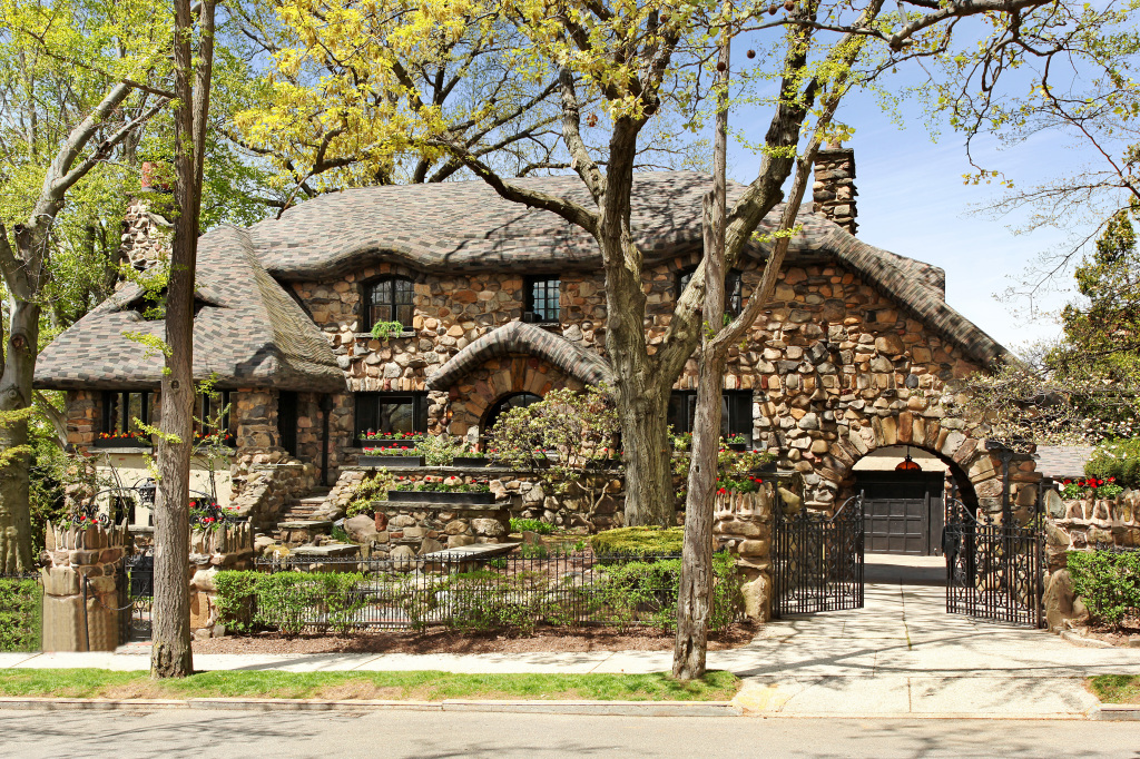 Brooklyn gingerbread house now for rent for sale for Zillow new york city