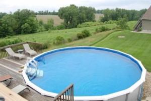 Above-ground swimming pool