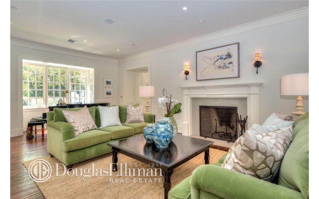 Adele's living room