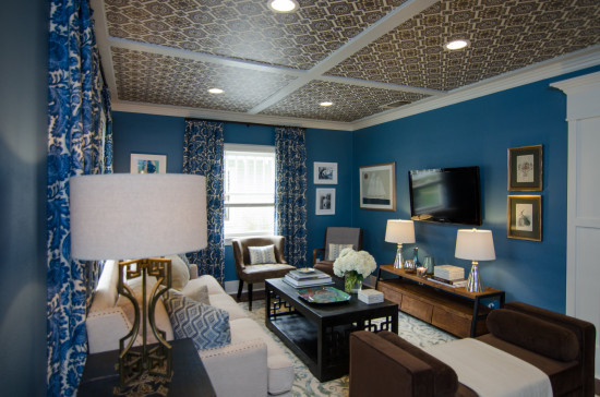 A palette of blues makes this living room pop.