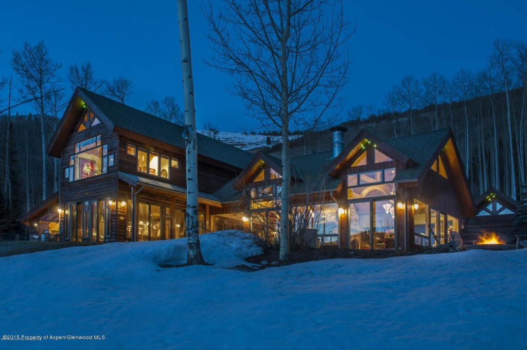 For rent 65 000 a month for melanie griffith 39 s antonio for Celebrity homes in aspen