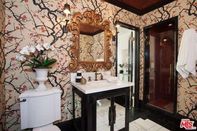 ben-feldman12-bathroom