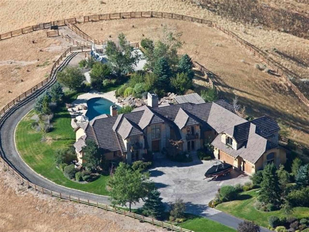 Bill buckner 39 s boise ranch for sale zillow porchlight for Buckner home