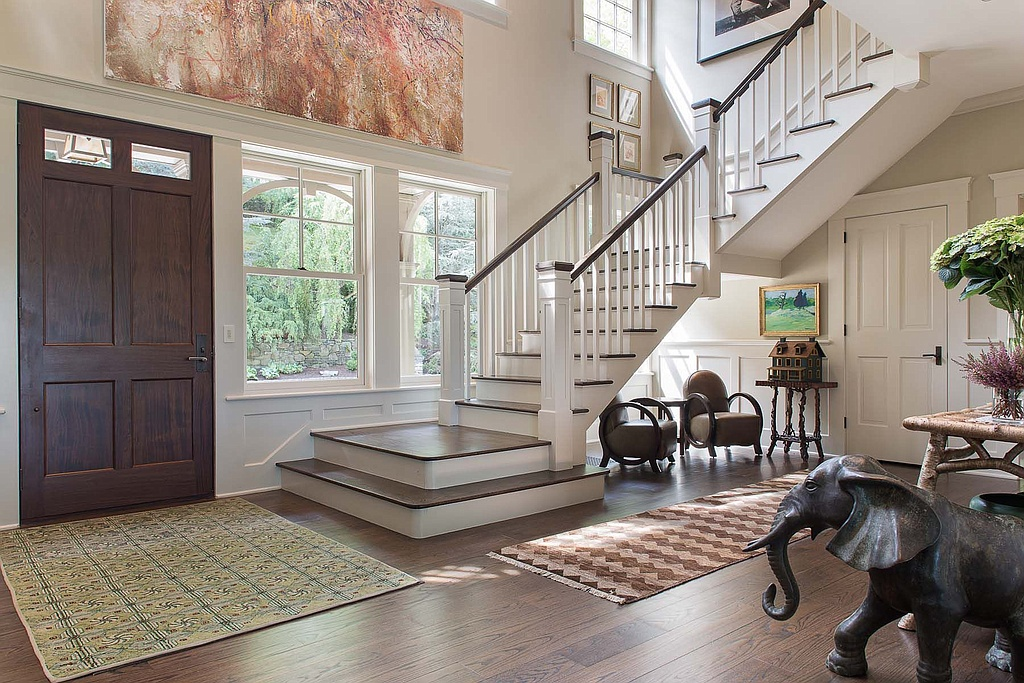 Bruce House Foyer : Bruce willis is living free with bedford ny properties