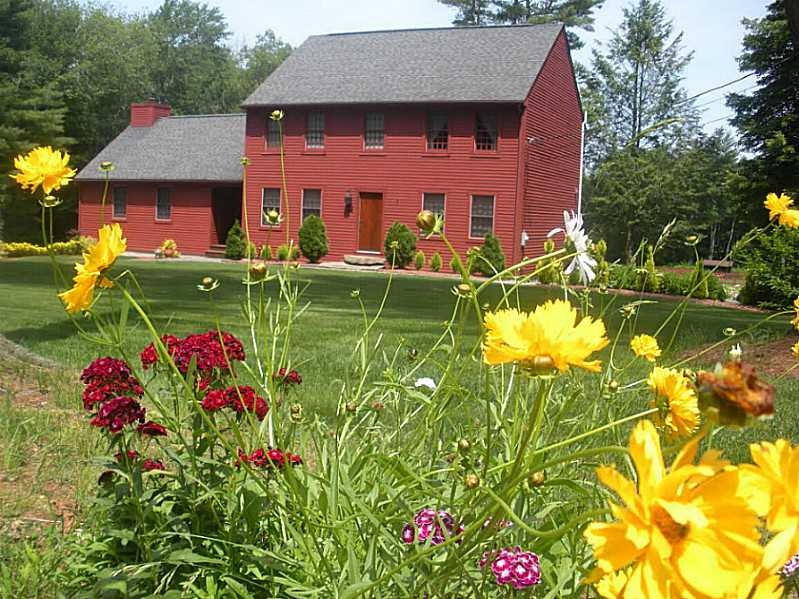 10 Homes That'll Make You Wish You Lived Down on the Farm