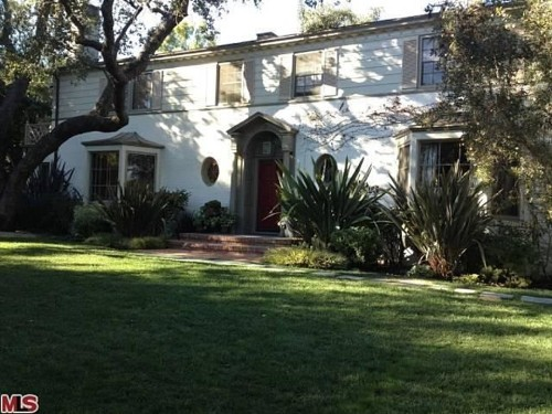 Debra Messing's home