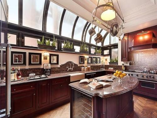 Doory Awards City Stunners: Prewar Penthouse in New York