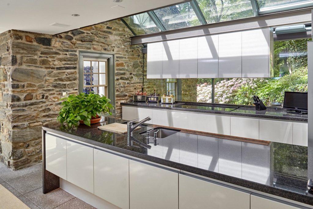 Fernside Cottage kitchen