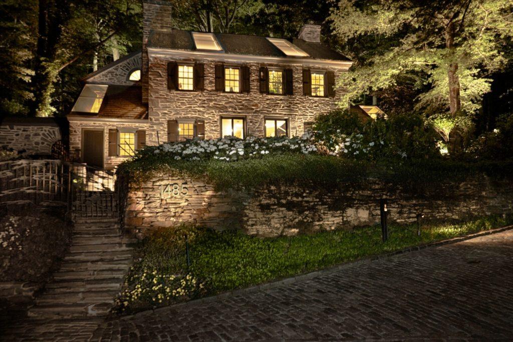 Fernside Cottage night