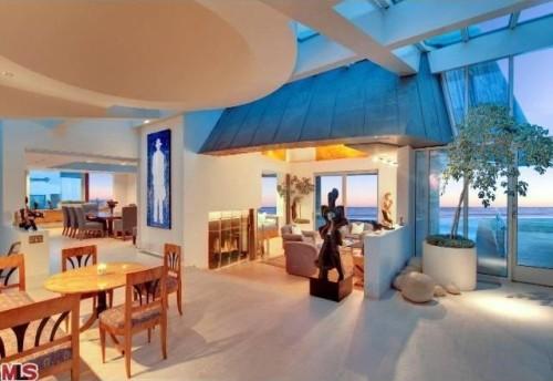 Frank Gehry Malibu living room