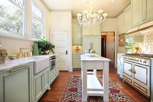 Classic Portland kitchen by Garrison Hullinger Interior Design