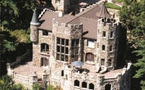 Highlands Castle aerial