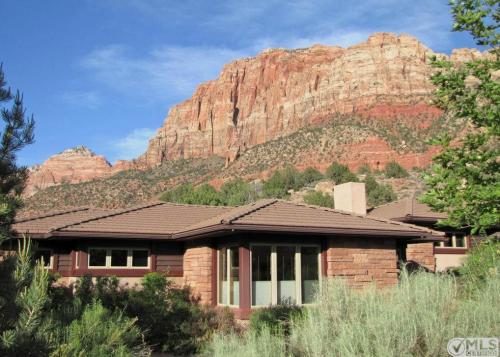 Home Near Zion National Park