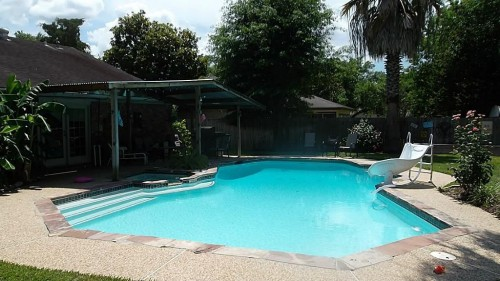 Where Can You Buy A House Pool For 100 000 Zillow Porchlight