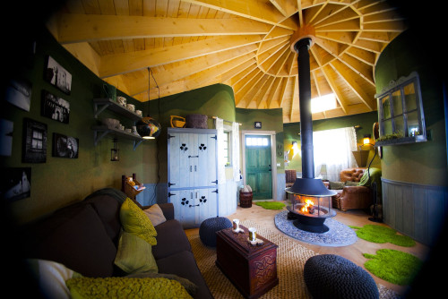 Treehouses they 39 re not just for kids anymore zillow - Treehouse masters interior ...