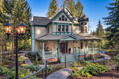 Like Gingerbread Houses A Victorian May Be The Home For
