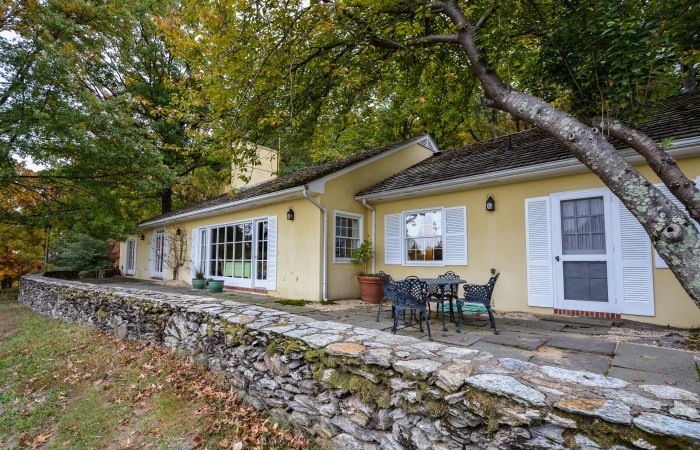 John F Kennedy S Custom Home For Sale Zillow Porchlight