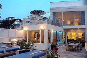 Jim Carrey - front deck