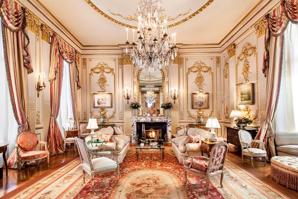 Joan Rivers living room