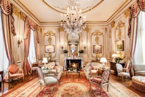 Joan Rivers living room