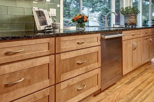 5 tips for buying high quality kitchen cabinetry zillow - Quality kitchen cabinets ...