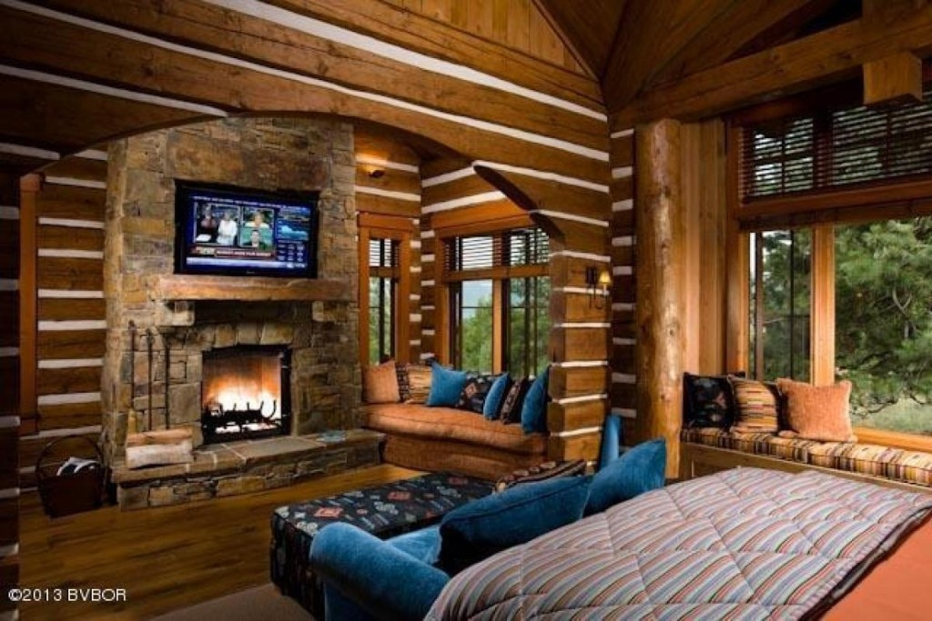 House of the week montana mansion built lincoln log style for 2 bedroom log cabins for sale