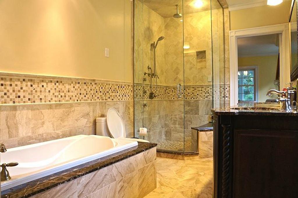 American hustle bathroom 28 images american hustle for American hustle bathroom scene
