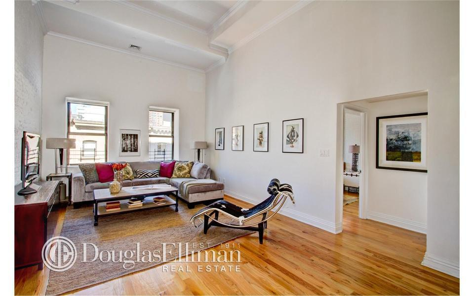 Michael Strahan Relists Tribeca Condo With 400 000 Price