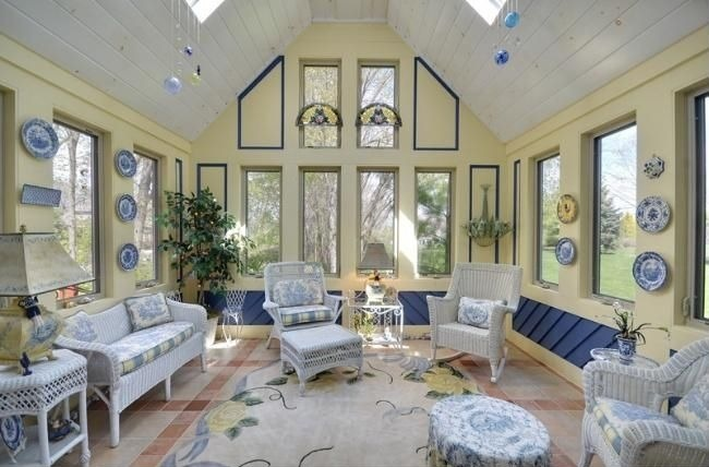 House Buzz Living Rooms