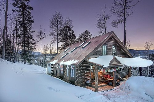 Cabins For American Dream Builders Fans Zillow Porchlight