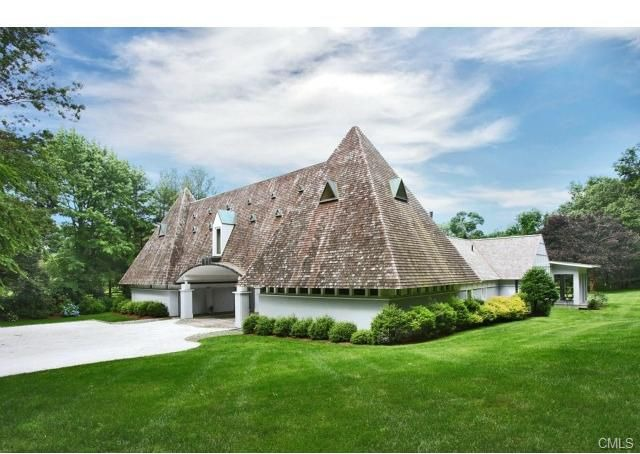 House of the week pyramid house in connecticut zillow for Home design zillow
