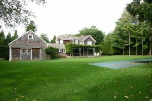 Renee Zellweger's backyard