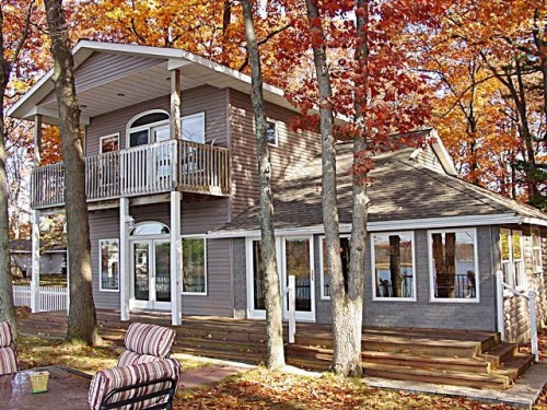 Waterfront escapes for 200 000 zillow porchlight for 2000 dollar cabin