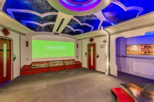Star Trek room2