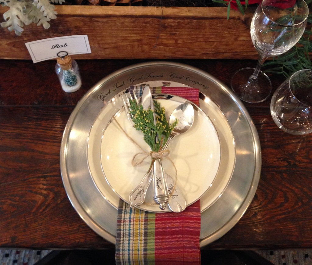 Table setting crop
