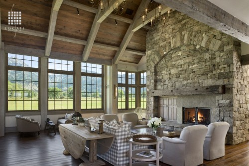 Tall windows weren't commonly found in barns, but by adding overhead beams, Locati Architects made the space architecturally believable.