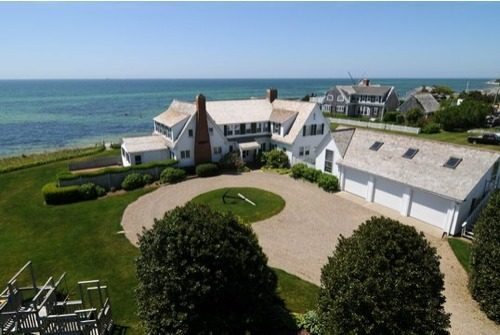 Report Taylor Swift Flips Home Near Kennedy Compound