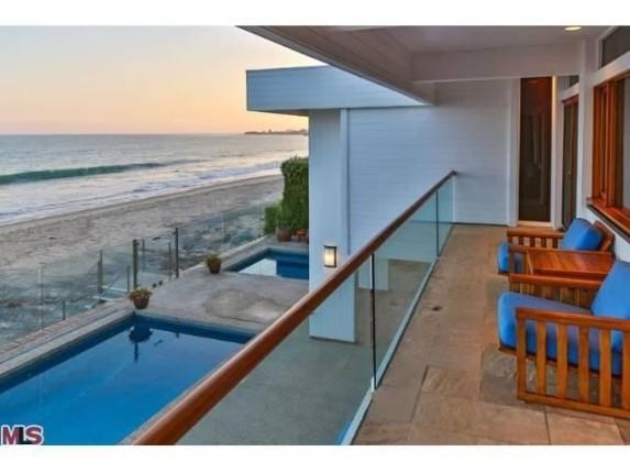 Buff hensman home on billionaire s beach for sale for for Billionaire homes for sale