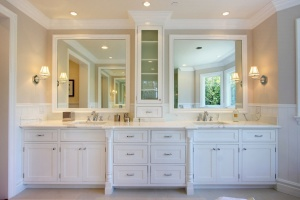 This Pacific Palisades bathroom's estimated cost is $29,100, including materials and installation. Source: Zillow