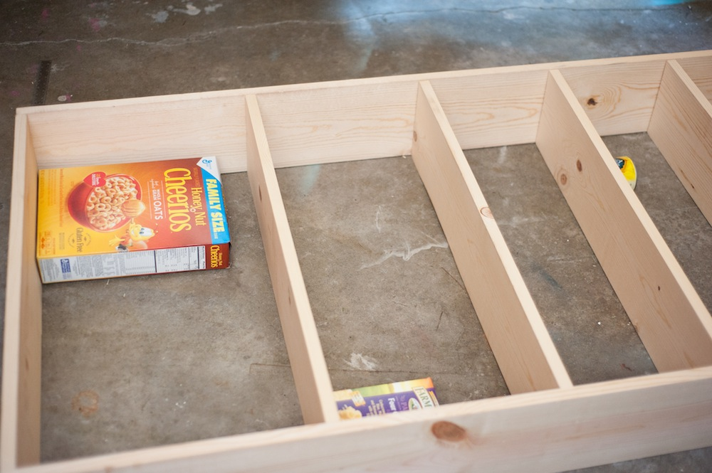 The space saving rolling pantry a diy tutorial for Diy rolling pantry shelves