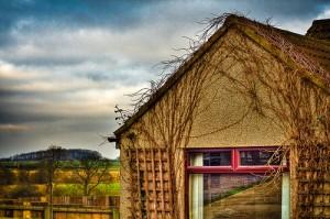 farm-house-300x199.jpg