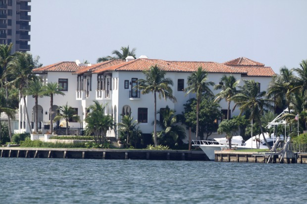 Kardashians take miami home hits the market immobilier for Achat maison miami