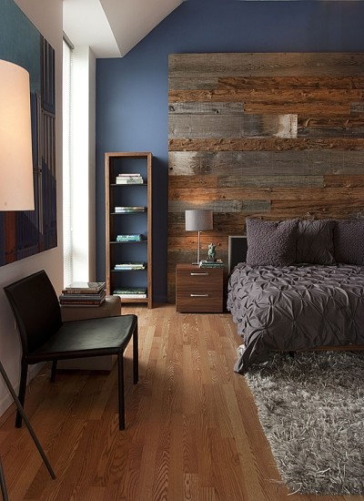 A plank wall can be a full or partial installation.