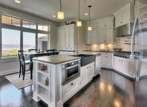 Zillow Digs Spring Trend Report Traditional Kitchens Islands Cabinets Storage Zillow