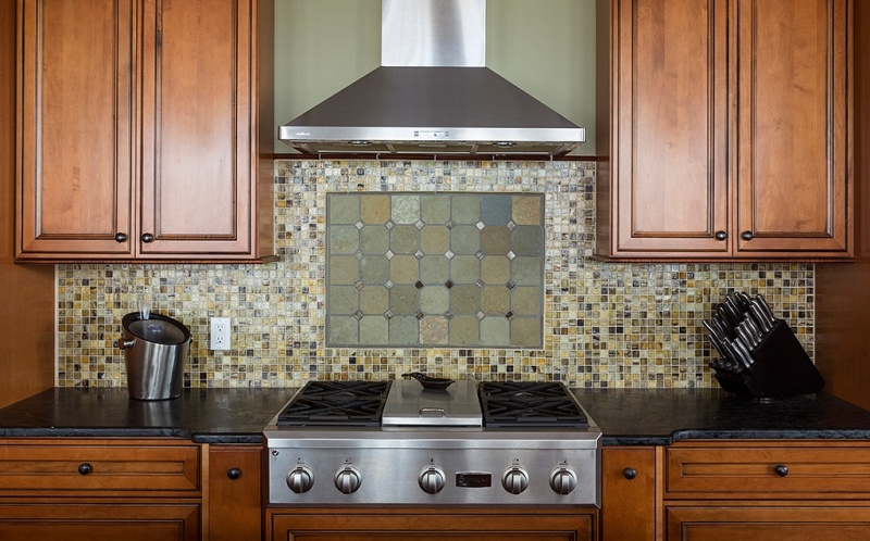 Buyers will notice sparkling countertops. Source: Leona Piro Interiors.