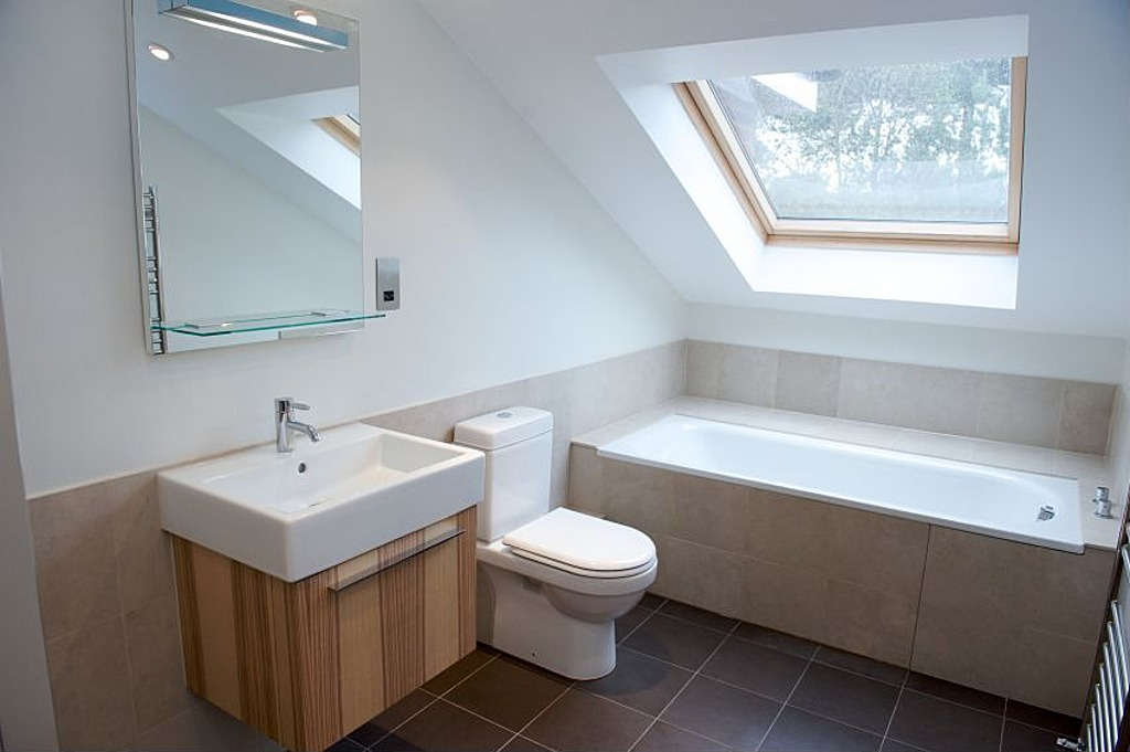 The Look for Less: Modern Bathrooms | Zillow Blog