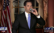 U.S. Sen. Marco Rubio swigging some water during his rebuttal Tuesday night. SOURCE: NBC News